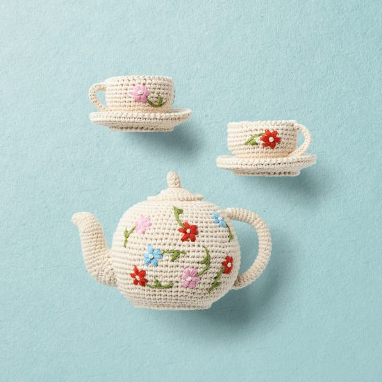 Crochet toys, tea set, ANNE-CLAIRE PETIT team set, hand crochet, organic cotton