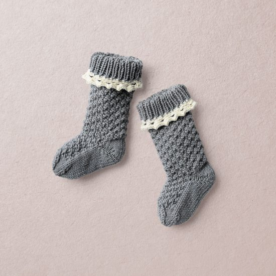 Vintage style inspired Van Beren baby knit knee socks JESSY, handmade in Austria, high quality, eco conscious clothes, baby shower, baby belly party, hand knitted, fair fashion, heirloom Van Beren