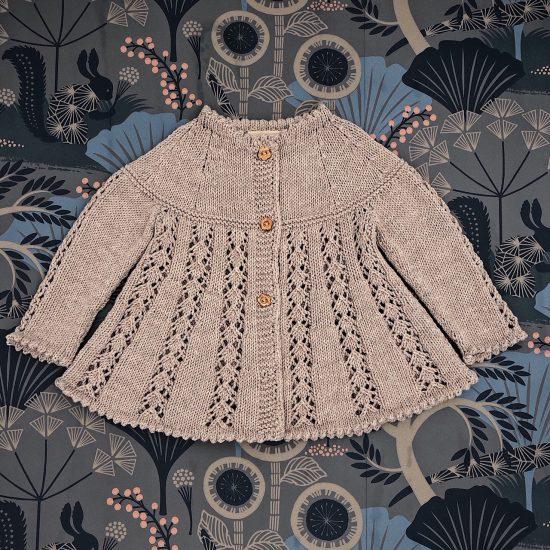 Vintage style inspired Van Beren baby knit pullover RHOINDA, handmade in Austria, merino wool, eco consciouis clothes, baby present, baby shower, baby belly party, hand knitted, fairfashion, heirloom, VAN BEREN