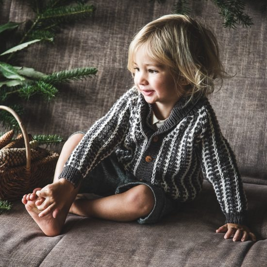 Vintage style inspired Van Beren baby knit cardigan ADRIAN, handmade in Austria, merino wool, eco consciouis clothes, baby present, baby shower, baby belly party, hand knitted, fairfashion, heirloom, VAN BEREN
