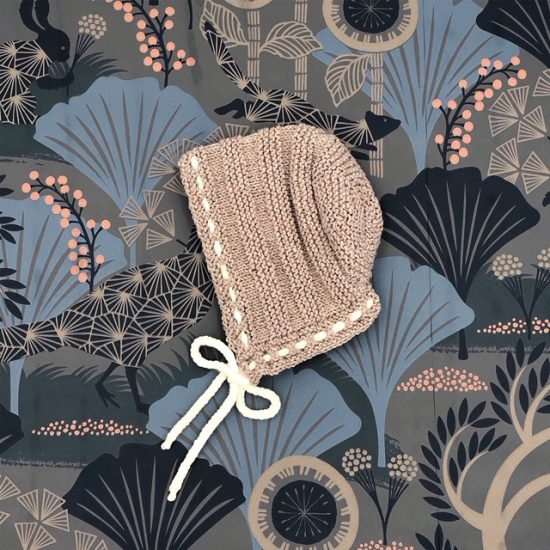 Vintage style inspired Van Beren knit bonnet JOLENE, handmade in Austria, merino wool, eco consciouis clothes, baby present, baby shower, baby belly party, hand knitted, fairfashion, heirloom, VAN BEREN