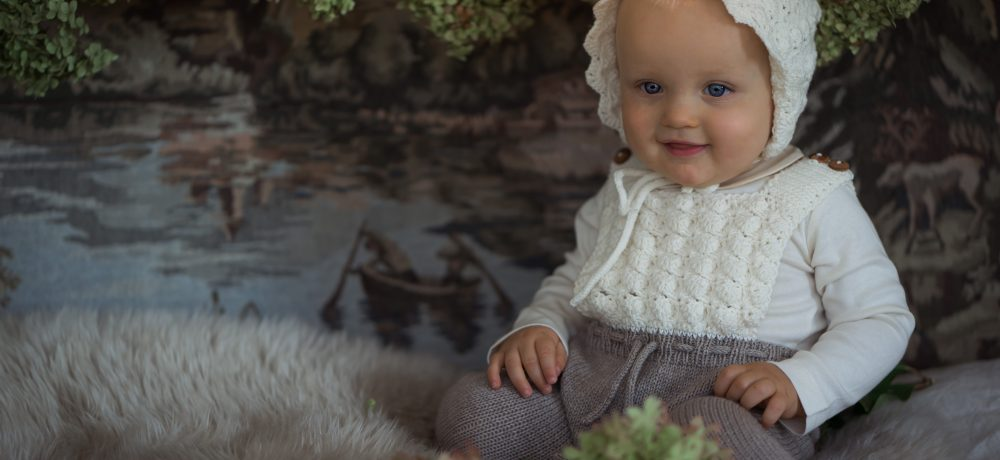 handmade in Austria, organic cotton yarn, eco consciouis clothes, baby present, baby shower, baby belly party, hand knitted, fairfashion, heirloom, VAN BEREN