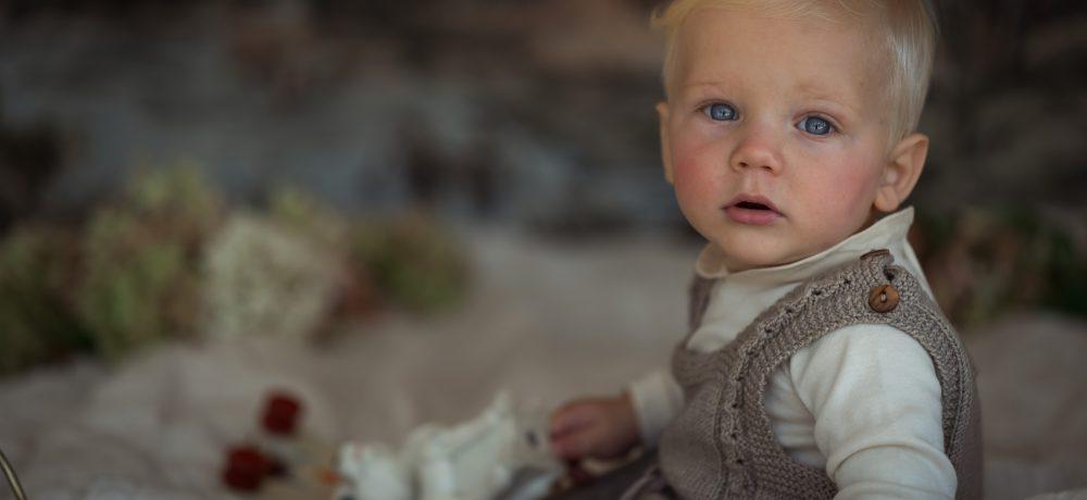 handmade in Austria, organic cotton yarn, eco consciouis clothes, baby present, baby shower, baby belly party, hand knitted, fairfashion, heirloom, VAN BEREN