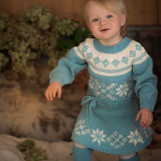 Knit sweater ALMA handknitted of virgin merino woolVAN BEREN