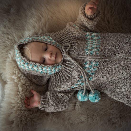 Crochet sleeping bag HOMER handmade of virgin merino wool VAN BEREN