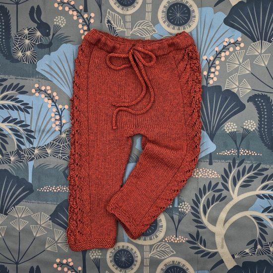 Knit leggings EMMELINE handknitted of virgin merino wool VAN BEREN
