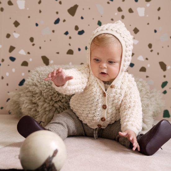 Crochet cardigan ABIGALE handmade in Austria of virgin merino wool VAN BEREN