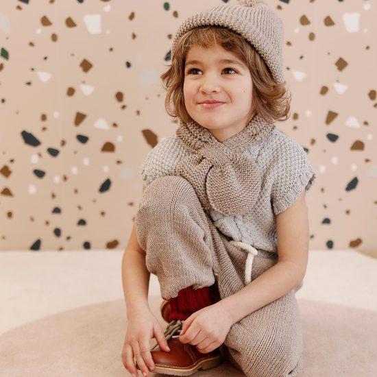 Knit scarf LIONEL handmade in Austria of virgin merino wool