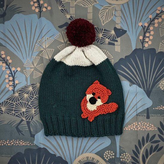 Knit bonnet LINUS handknitted of virgin merino wool VAN BEREN