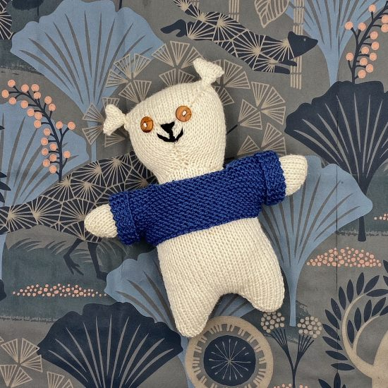 Van Beren knit bear LARS handmade in Austria of virgin merino wool