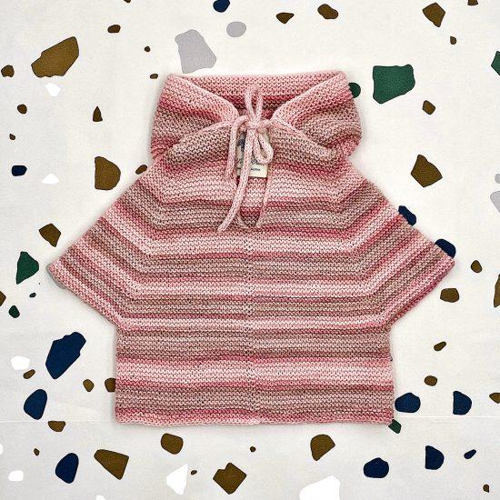 Knit poncho NEELE andmade of organic cotton yarn in Austria VAN BEREN