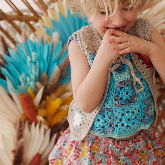 Crochet top LOU handmade in Austria of organic cotton yarn VAN BEREN