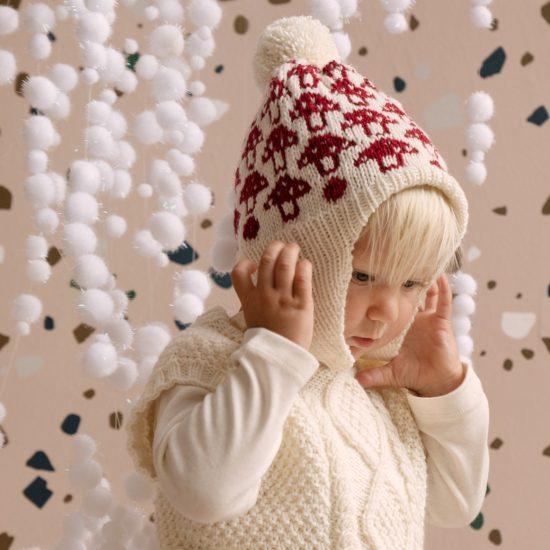 Knit bonnet MAVIS handmade in Austria VAN BEREN